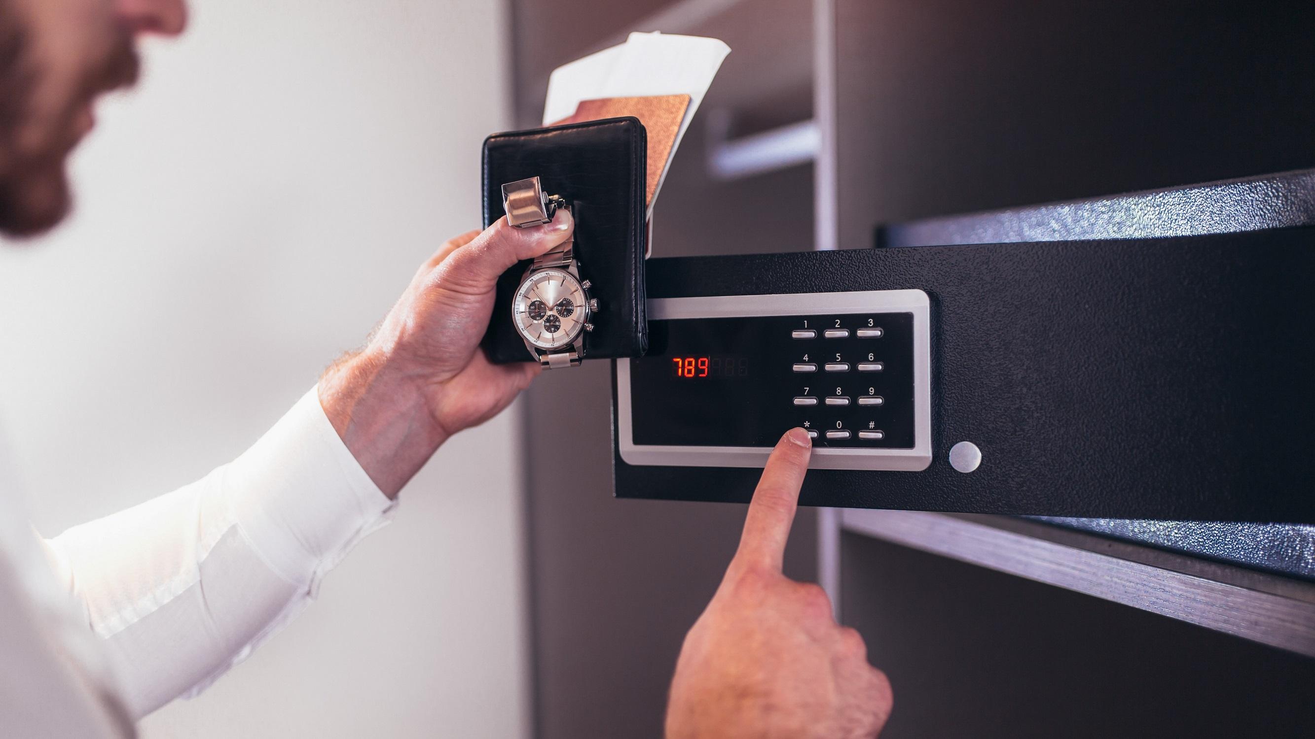 Tökéletes rejtekhelyek otthonodba – 3+1 tipp, hogy kincseid biztonságban legyenek!